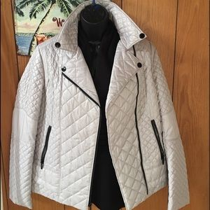 Jackets & Blazers - Laundry by Shelli Segal